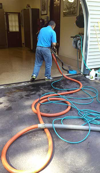 Cleaning epoxy garage floors in madison ct absolute best for Best way to clean garage floor